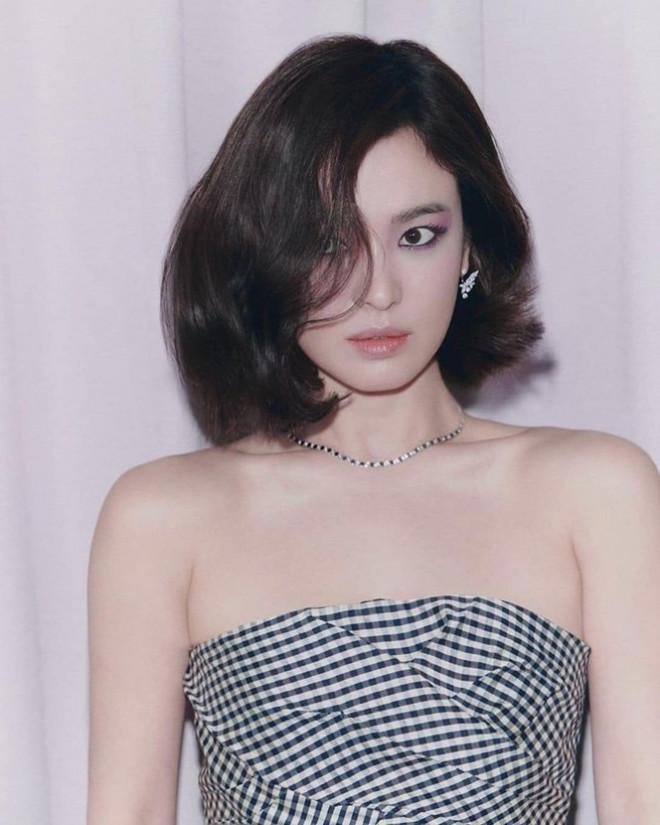 Song Hye Kyo hóa thân thành giáo viên trả thù phụ huynh học sinh-1