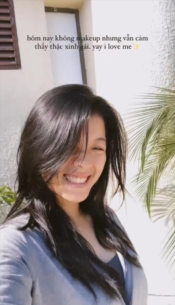 Con gái xinh xắn nghệ sĩ Chiều Xuân lộ mặt mộc, khác xa ảnh sống ảo trên phây-6