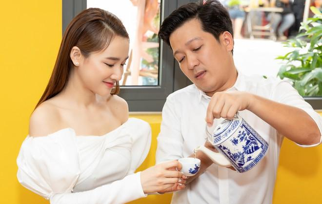 Showbiz Việt ai nịnh chồng giỏi hơn Nhã Phương?-2