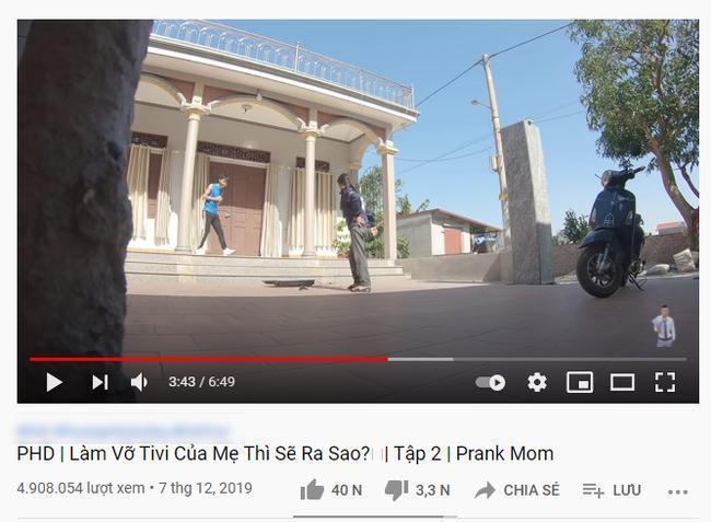 Kênh Youtube cho trẻ nội dung nhảm nhí: Thử thách đập vỡ TV, phá nhà cửa cho vui-3