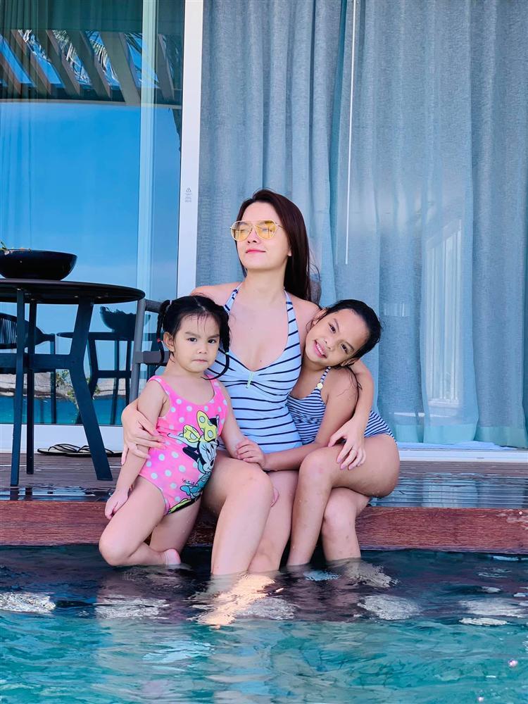 3 mẹ con Phạm Quỳnh Anh bị công an giao thông kiểm tra nồng độ cồn-4