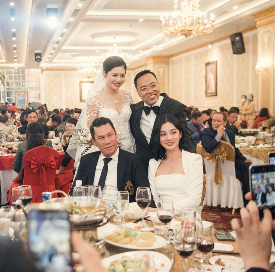 Chồng cũ Lệ Quyên và mỹ nhân 2002 tiếp tục bị soi sánh đôi đi ăn cưới-5