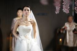 Nghe tình cũ của vợ tương lai 'thủ thỉ', chú rể tuyên bố hủy hôn ngay giữa đám cưới, để rồi phải day dứt vì hối hận
