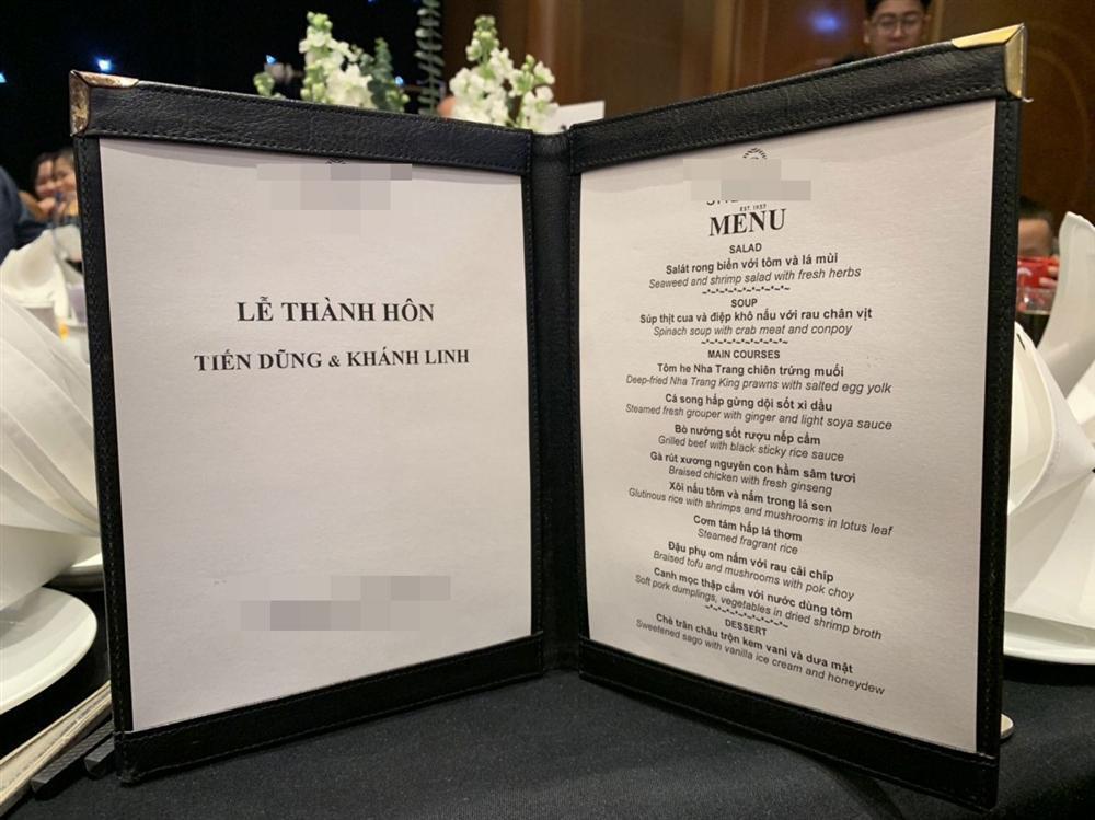 Lộ thực đơn xịn sò trong đám cưới lần 3 của Bùi Tiến Dũng ở khách sạn hạng sang-2
