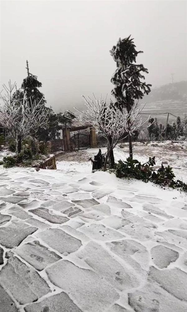 Ngay lúc này: Y Tý tuyết rơi trắng xóa khác nào Hàn Quốc-7