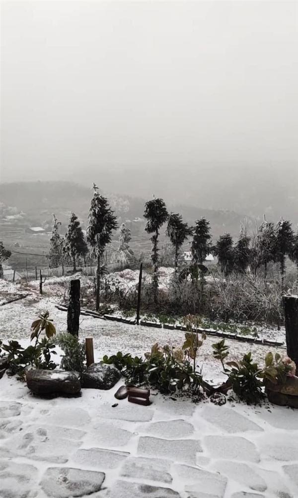 Ngay lúc này: Y Tý tuyết rơi trắng xóa khác nào Hàn Quốc-6