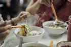5 thói quen ăn uống 'cực xấu' trong mùa lạnh dễ đưa gia đình đến gần với bệnh tật
