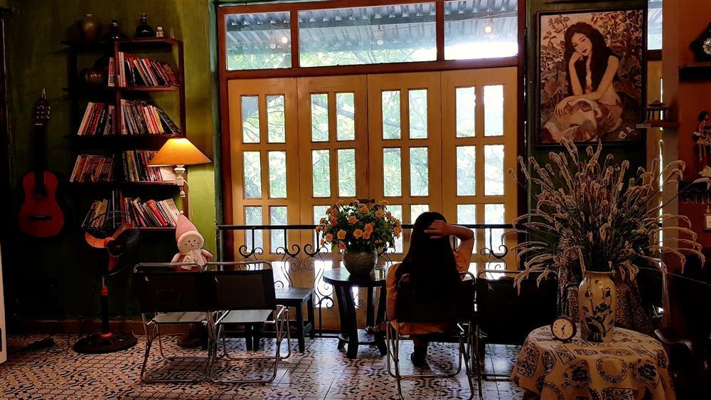 Có ngay những tấm ảnh cực chất với 3 quán cafe tone vàng ở Hà Nội-3