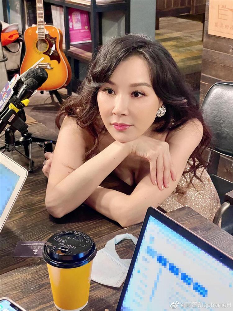 Đệ nhất mỹ nhân Đài Loan đẹp cỡ nào trong ảnh chưa chỉnh sửa?-6