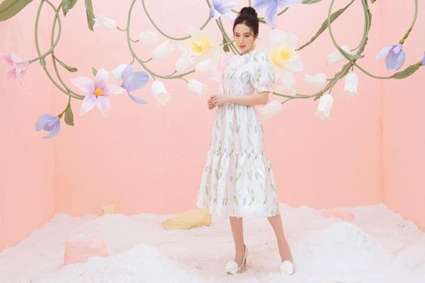 Lộ clip Angela Phương Trinh ngâm mình dưới nước, netizen cầu xin Chị đừng hát-3