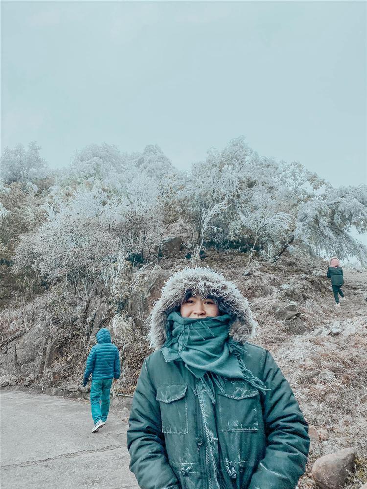 Loạt ảnh tuyết rơi trắng xóa tựa trời Âu tại các điểm du lịch Tây Bắc khiến dân tình phát sốt-12