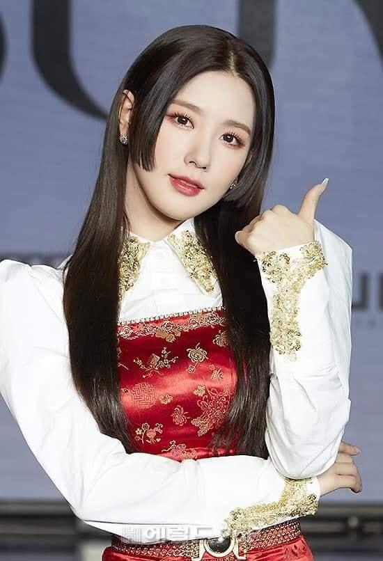 Sao Hàn đổ xô cắt tóc như gái Nhật, Misthy cũng nhanh chóng đu trend-2