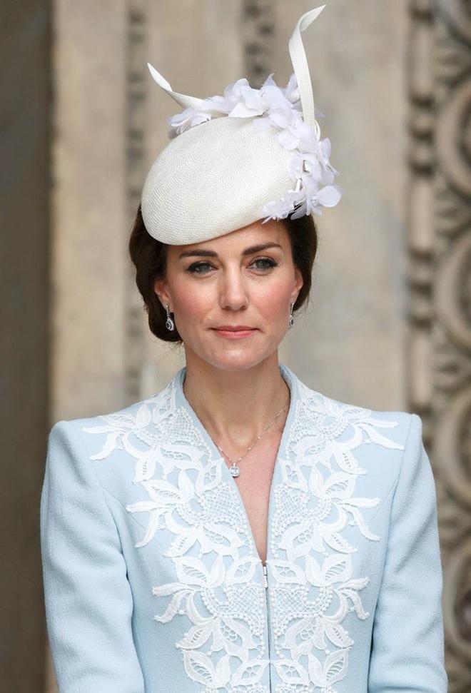 Những quy tắc làm đẹp khắt khe của hoàng gia Anh-2
