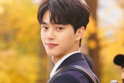 Mỹ nam Song Kang - 'phép lai' giữa Song Joong Ki và Lee Min Ho
