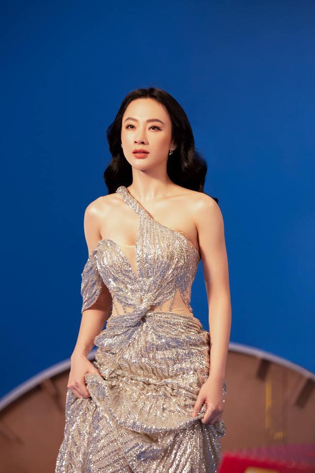 Hết ảnh bán nude, Angela Phương Trinh khoe thềm ngực mơn mởn gây tranh cãi-6