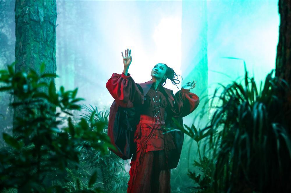 Suboi 'bắt tay' Rhymastic, gửi thông điệp nhân văn trong MV mới-3