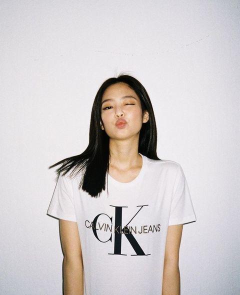 3 dáng pose đặc trưng của Jennie BLACKPINK có ngay ảnh triệu like-1