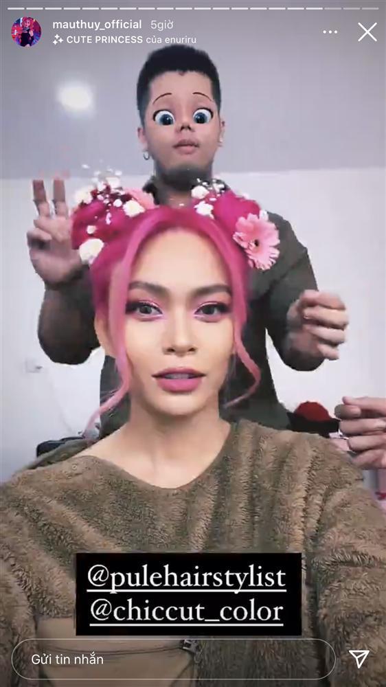 Mâu Thủy lột xác mạnh mẽ với tóc hồng rực giống Thúy Ngân, Vũ Ngọc Anh-5