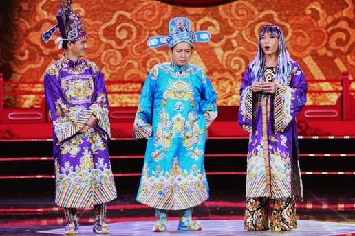 Lộ diện vai diễn của Vân Dung và Chí Trung trong Táo quân 2021-10