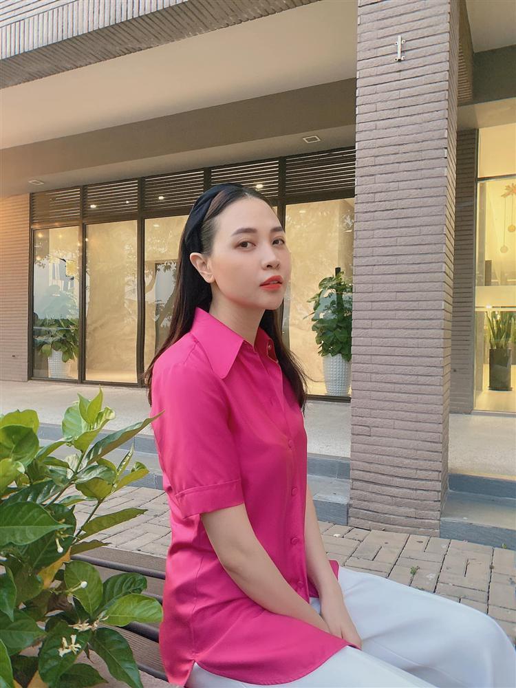 Mẹ bỉm Đàm Thu Trang bị bóc nhan sắc hoàn hảo nhờ công nghệ-1