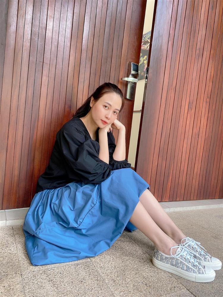 Mẹ bỉm Đàm Thu Trang bị bóc nhan sắc hoàn hảo nhờ công nghệ-8