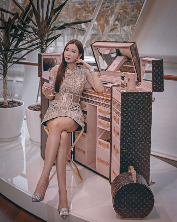 Bà hoàng Hermes Jamie Chua tậu cốp đựng mỹ phẩm giá bằng cả căn nhà 4,2 tỷ-1