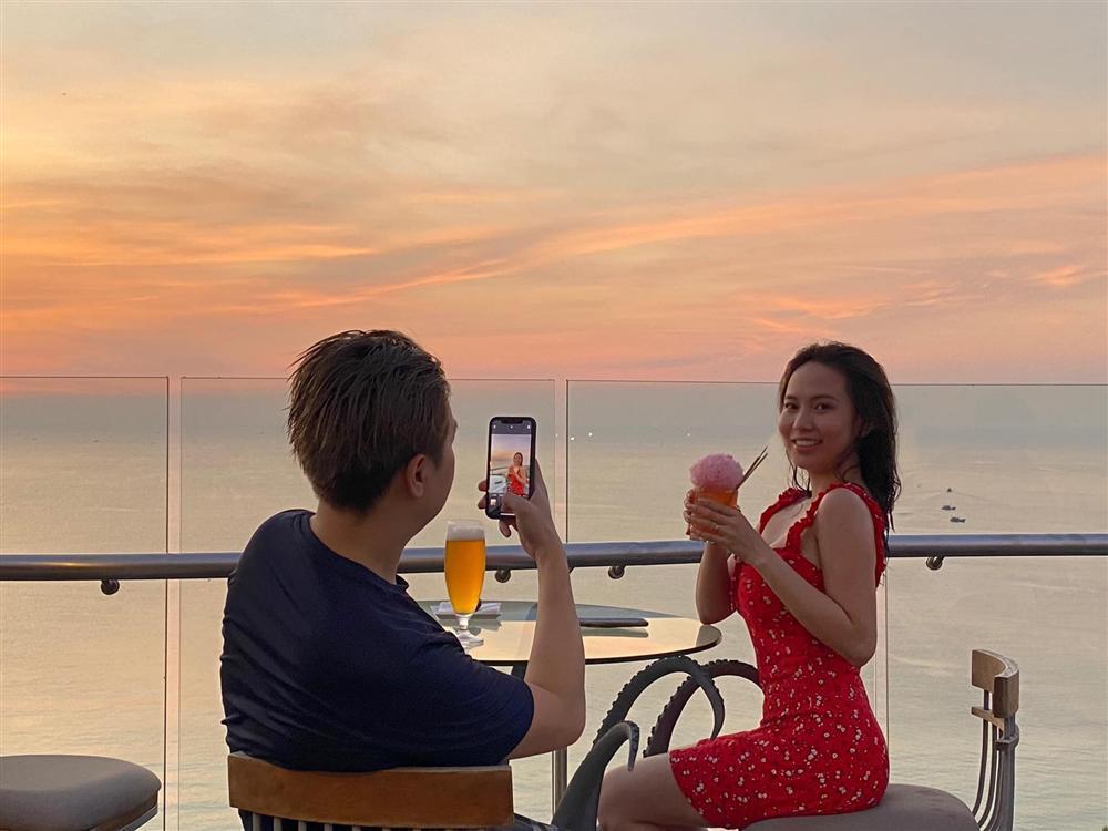 Cuộc sống hôn nhân của ca sĩ Lê Hiếu và hotgirl 9X-4