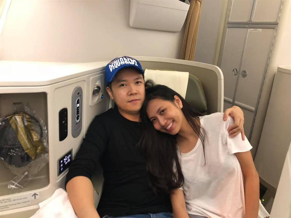 Cuộc sống hôn nhân của ca sĩ Lê Hiếu và hotgirl 9X-11