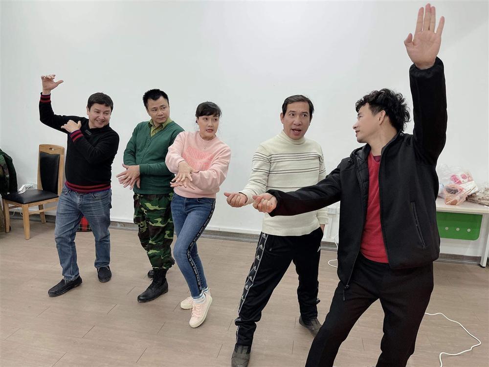 Chí Trung ngầm xác nhận Quốc Khánh sẽ tham gia Táo Quân 2021-3