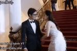 Bắt trọn phản ứng Chi Pu khi bạn trai Nam Em vòng tay muốn ôm eo cô trên thảm đỏ