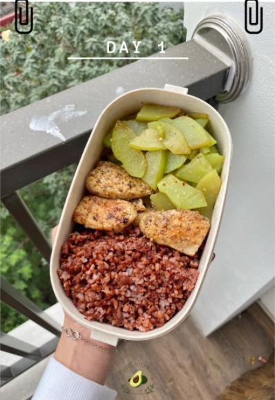 Nhìn hộp cơm ăn theo chế độ Eatclean của nàng sinh viên, ai cũng có động lực giảm cân-2