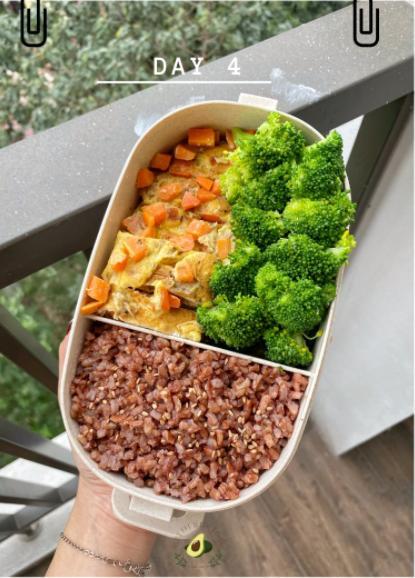 Nhìn hộp cơm ăn theo chế độ Eatclean của nàng sinh viên, ai cũng có động lực giảm cân-5