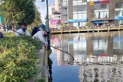 Nghệ An: Bàng hoàng phát hiện thi thể nam giới mắc vào cần câu cá