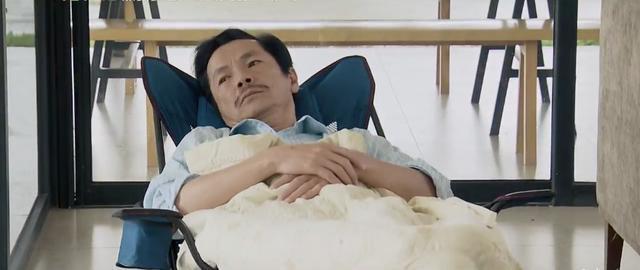 Phim vận vào đời sao Việt: người sốt cao tưởng bị Covid-19, người phẫu thuật cột sống-4