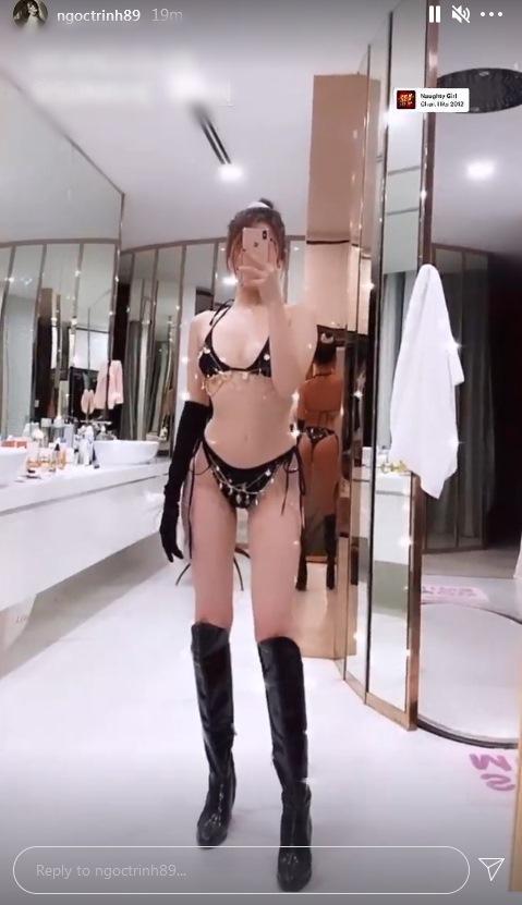 Ngọc Trinh diện bikini tí hon đu trend kéo xế hộp ngầu hơn Sĩ Thanh-2