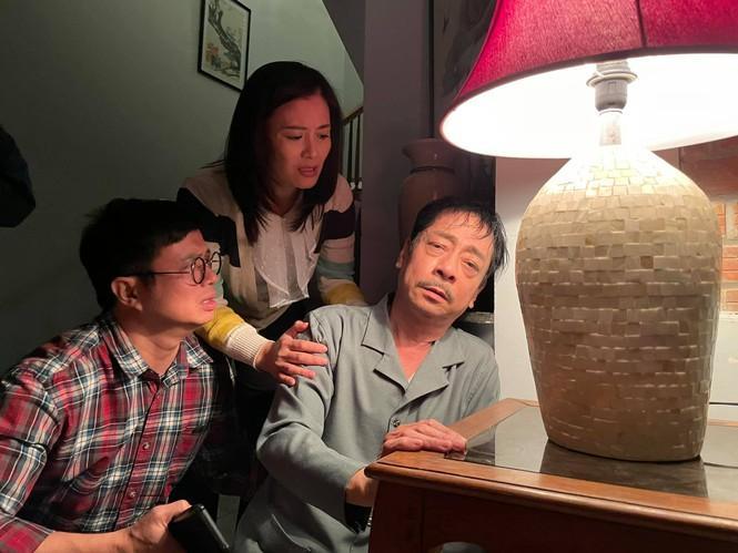 Phim vận vào đời sao Việt: người sốt cao tưởng bị Covid-19, người phẫu thuật cột sống-6