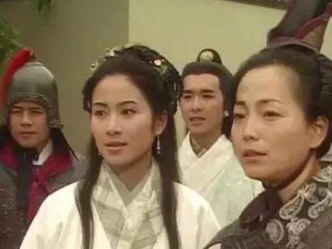 Hoa hậu Diệp Tuyền bị diễn viên gạo cội TVB bắt nạt khi mới vào nghề-4