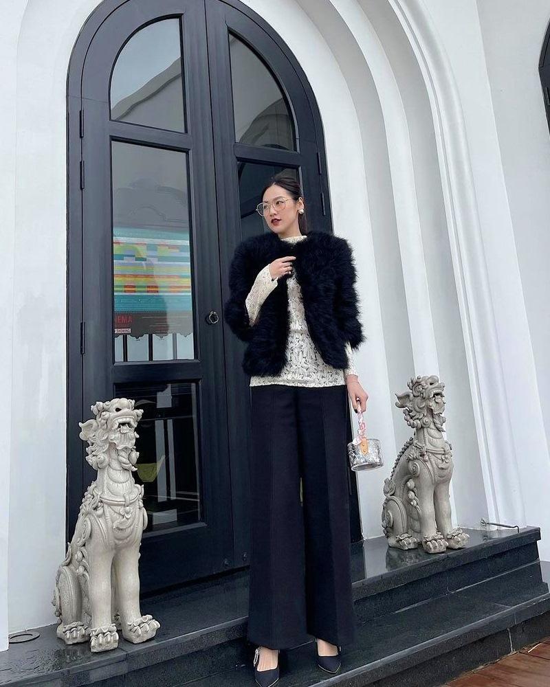 Phối đồ dạo phố tông xanh đẹp mắt như Hari Won - Yến Trang-6