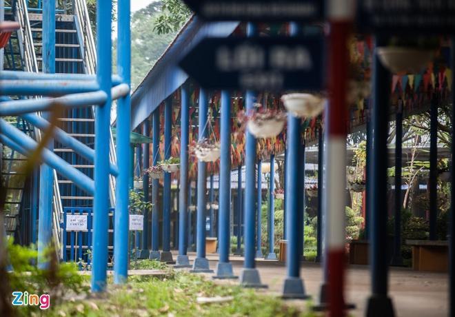 Học sinh tử vong vì tàu lượn rơi ở độ cao 2,5 m-3