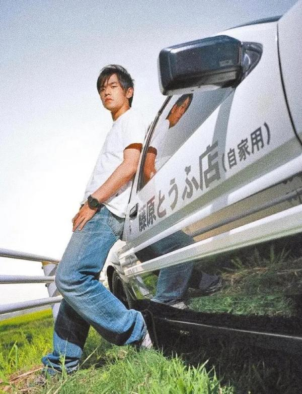 Châu Kiệt Luân gây sốc khi tặng xe cổ bạc tỷ cho Vương Tuấn Khải-4
