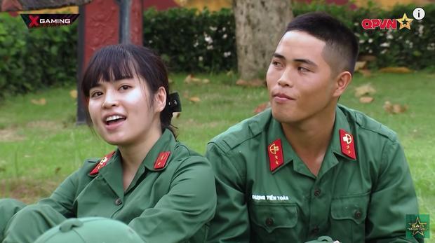 2 cặp đôi hot nhất Sao Nhập Ngũ được fan ghép thành Hậu Duệ Mặt Trời bản Việt: Trông lại quá hợp lý!-4