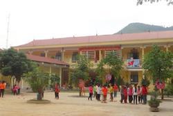 100 học sinh nhập viện nghi ngộ độc khi ăn thực phẩm của đoàn từ thiện