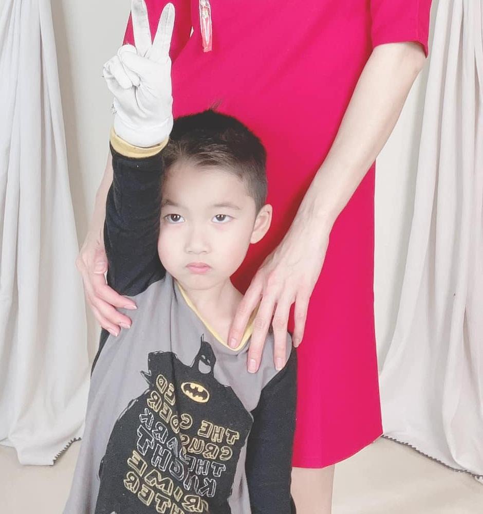 Ngoại hình con trai 5 tuổi của Ngọc Quyên và chồng cũ Việt kiều-2