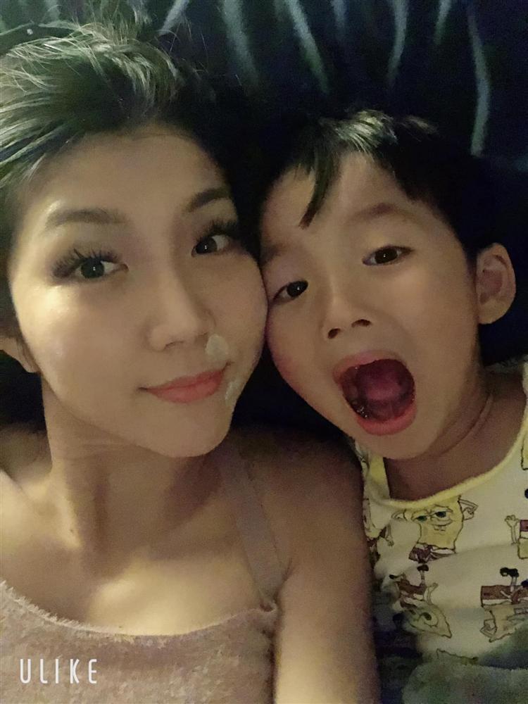 Ngoại hình con trai 5 tuổi của Ngọc Quyên và chồng cũ Việt kiều-5