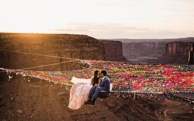 Làm đám cưới trong vườn bưởi trĩu quả, khách muốn ăn cỗ trong bình yên chắc phải đội mũ bảo hiểm-13