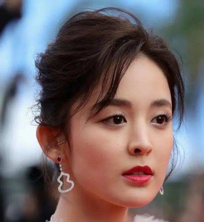 Cận cảnh gương mặt dàn mỹ nhân Hoa ngữ: Dương Mịch, Triệu Lệ Dĩnh lộ rõ dấu hiệu lão hóa-6