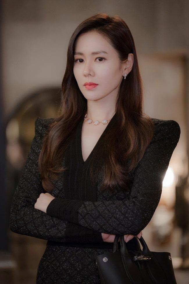Song Hye Kyo, Jun Ji Hyun được truyền thông xứ Hàn khen hết lời trong khi Son Ye Jin bị bỏ quên-3