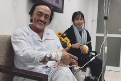 Giang Còi xúc động trong bệnh viện: 'Chỉ lúc ốm các con mới được thấy ba'