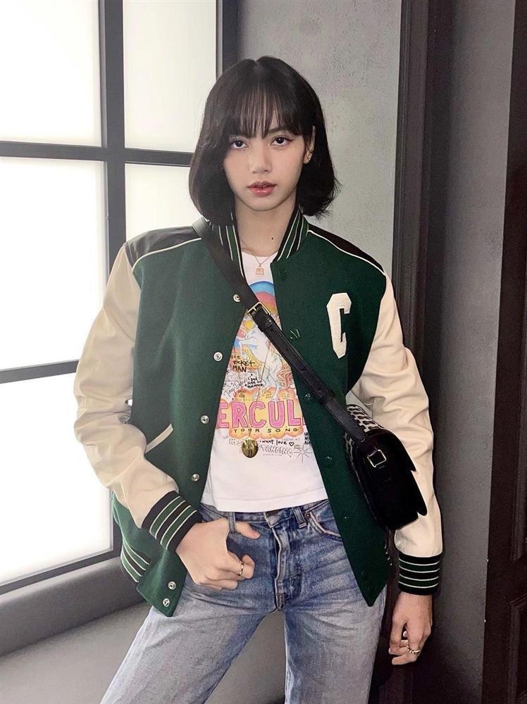 Style sao Hàn tuần qua: Lee Da Hee hack tuổi với tóc Hime chuẩn gái Nhật-7