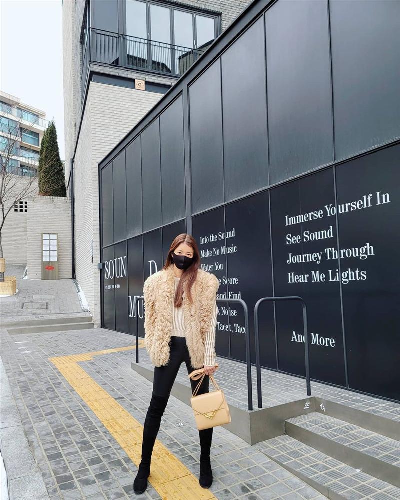 Style sao Hàn tuần qua: Lee Da Hee hack tuổi với tóc Hime chuẩn gái Nhật-9